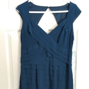 Jones Wear size 12, teal blue, sleeveless  dress